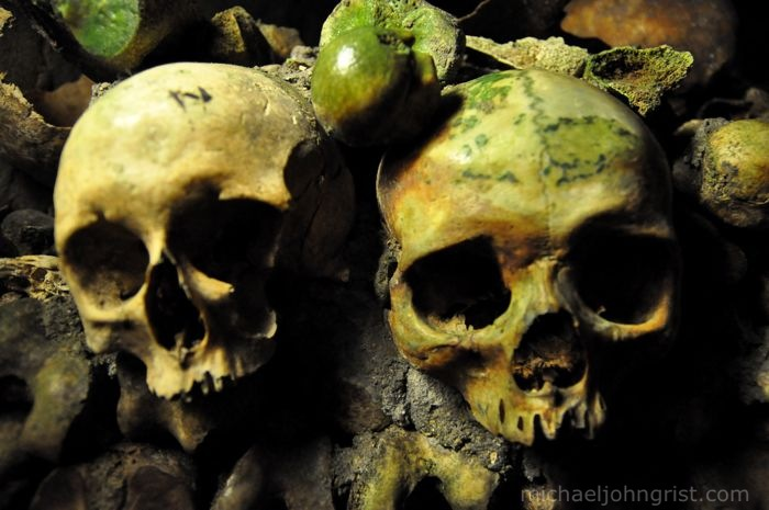 catacombs7004