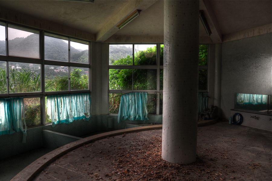 seminar house ruin 900m5